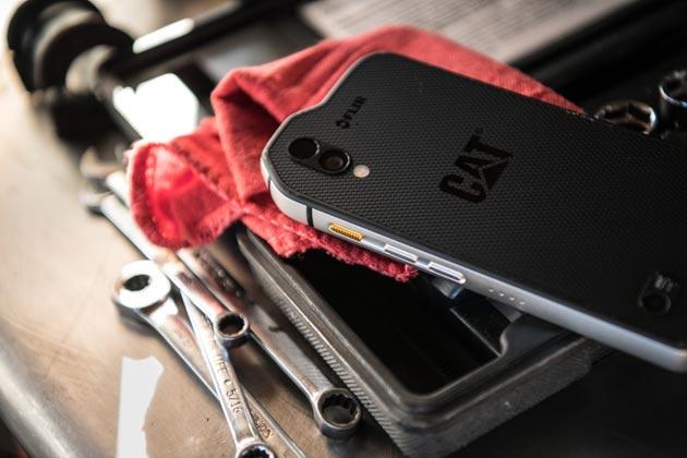 Smartfon CAT S61 - w warsztacie
